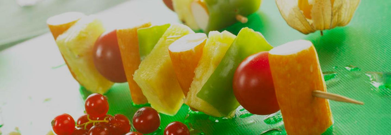 Brochetas frutas