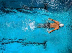Atleta nadando